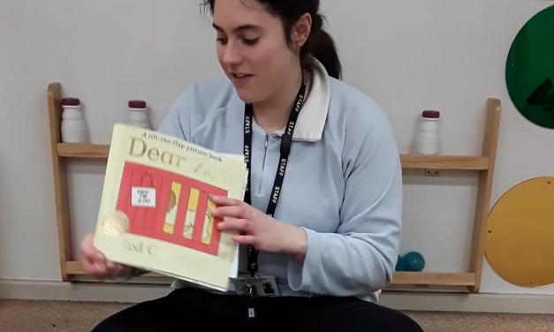 Video: Rach Reads Dear Zoo